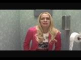 tuvalette osuran kız