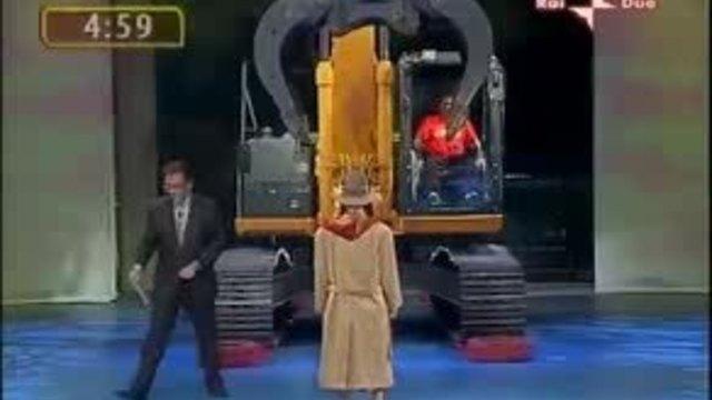 kepçeyle kadın soyma : ) )