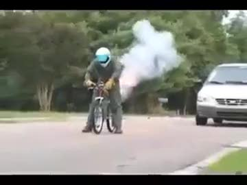 bisiklete roket takılırsa