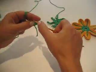 sekiz bacaklı çiçek motifi