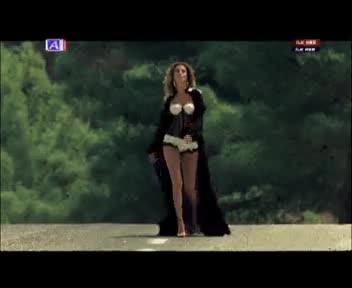 tuğba özay - yaz yaz yeni klip 2011
