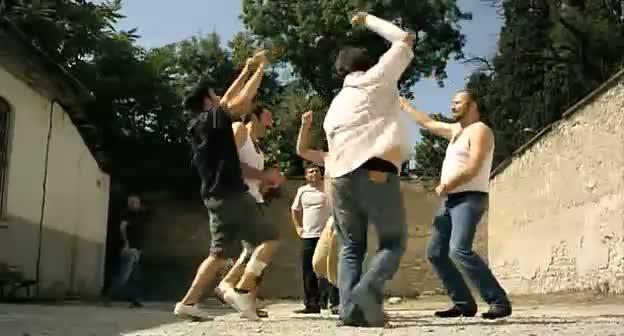 çakallarla dans - zilleri takıp oynayıvericez gariii