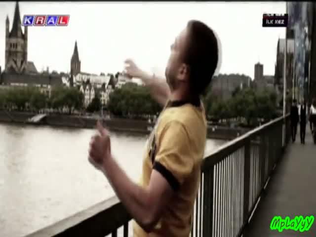 murat dalkılıç dönmem orjinal video klip 2011