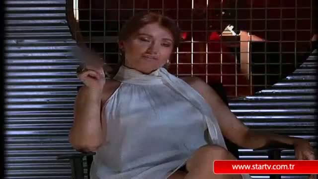 Hilal Cebeci temel içgüdü  Sikiş Sikiş izle Porno