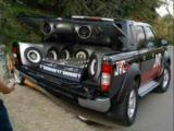 süper modifiyeli ve tesisatlı araba videosu