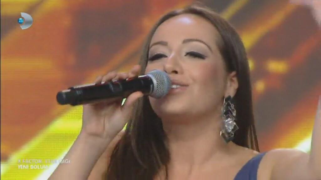 Semiramis Talita Çalışan - Kardan Adam ( X Factor Star Işığı )