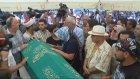 Vatan Şaşmaz'ın Eşi Cenazede ( 29 Ağustos 2017 )