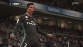 Gerçeğinden Daha Gerçekçi Cristiano Ronaldo Yapmak ! - FİFA 18