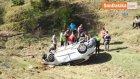 Okula Giden Kadın Öğretmenler Uçuruma Yuvarlandı : 1 Ölü , 2 Yaralı