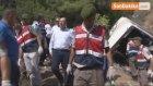 Antalya'da Tur Otobüs Uçuruma Yuvarlandı : 4 Ölü