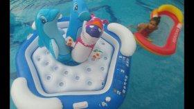 3 oturaklı havuz büyük havuzda , kaplan yunus ve deniz aslanı ile yarışmalar