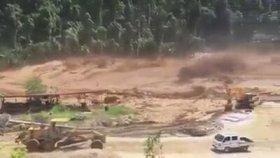 Laos Hidroelektrik Santrali Barajının Yıkılması