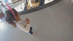 OYUNEVİNDE KÖREBE , özdilek avm Locopoco da DEV BARBİE alışverişi , eğlenceli çocuk videosu