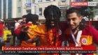Galatasaraylı Taraftarlar , Yerli Gomis'e Büyük İlgi Gösterdi
