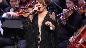 The Royal Philharmonic Orchestra & Sezen Aksu Konseri | Hayat Sana Teşekkür Ederim