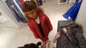 İstanbul Soğukları için kıyafet alışverişindeyiz.LC Waikikideyiz.Eğlenceli çocuk videosu