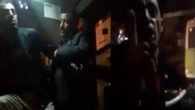 İzmit'te Halk Otobüsü Şoförü Yolcuyla Tartışması