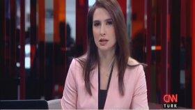 CNN Türk Spikeri Yaka Mikrofonunu Açmayı Unuttu