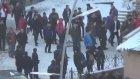 Erzurum'da Lise Öğrencisini Tekme Tokat Dövdüler