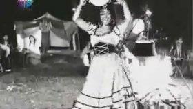 Altın Küpeler - Türkan Şoray & Ediz Hun ( 1966 - 73 Dk )