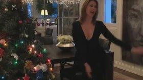 Demet Şener 2018'e Dans Ederek Girdi