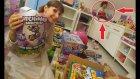 ELİFİN ODASI OYUNCAKLARI TOPLUYORUZ BARBİELER , KUTU OYUNLARI. Eğlenceli Çocuk Videosu