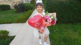 Elif 8 Mart Dünya Kadınlar Günü Gösterisinde , Eğlenceli Çocuk Videosu