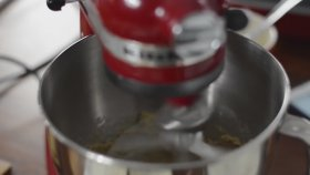 Soslu Portakallı Kek Nasıl Yapılır