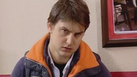 Gavat İbo Sevgilisi Eskort Sibel'i Eleştiren Kaşar Zehra'ya Ayarı Veriyor - Arka Sıradakiler