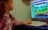 Kızım Oyun Oynuyor