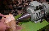 İlginç bir odun kesme makinası