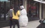 Kardan Adam Canlanırsa - Şaka
