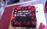 Ömer Nakkaş Ticaret Lisesi Mezunları Pasta Sunumu