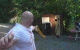 Kendi Yaptığı Silahla Kendini Yaralayan Adam