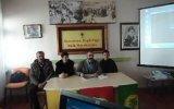 Nazmiye Belediye Başkan Adayı Yaptığı Kömür Yardımı İle Oy İstiyor