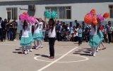 Akdağ Ortaokulu 23 Nisan Dans Gösterisi