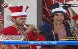Televizyonda Metalci Selamı Çakan Mehteran : ) )