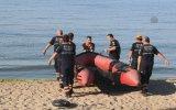 İstanbul'da denize açılan 5 kişiyi arama çalışmaları - İDO kaptanı ile Kıyı Emniyeti'nin t