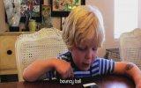 5 Yaşındaki Çocuğun İlk ' Siri' Keşfi