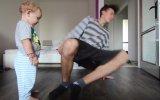 Babasıyla Hip Hop Dansı Yapan Ufaklık