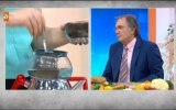 """Zahide Yetiş ve Prof. Dr. Saraçoğlu""""ndan Sağlıklı Çay Demleme Teknikleri"""
