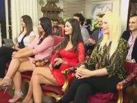 Adnan Oktar'ın Elini Sıkan İspanya'nın En Güzel 2 Kadını