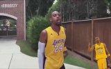 Ünlü Basketbolcuların Taklidini Yapan Adam