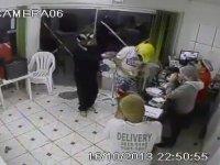 Brezilya'da Hırsızlık Yaparken Yakalanmak (+18)