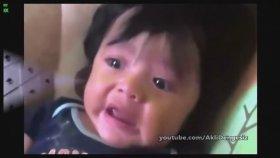 Komik Bebek Videoları - Osuruğundan Korkan Bebekler