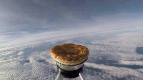 Uzaylılara Kıymalı Patatesli Börek İkram Etmek