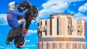 MOTORLA BİNALARIN ÜSTÜNE ÇIKMAK ( GTA 5 )