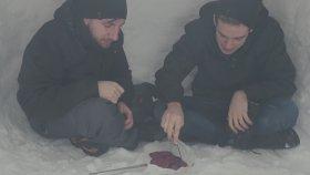 Kardan Ev Yapıp İçinde Mangal Yakmak