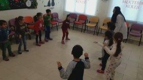 Yengeç Dansı Adana Yüzüncü Yıl Mektebim Okulu Orff Hareketleri Öğretmen Melisa Gür