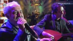 Ali Sürmeli Türkü Söyledi , Mahsun Kırmızıgül Sazı ile Eşlik Etti ! - Beyaz Show ( 27 Ocak Cuma )